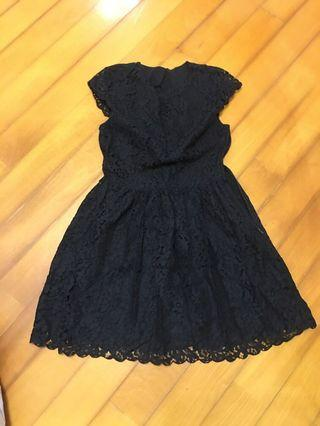 Little black dress - lace