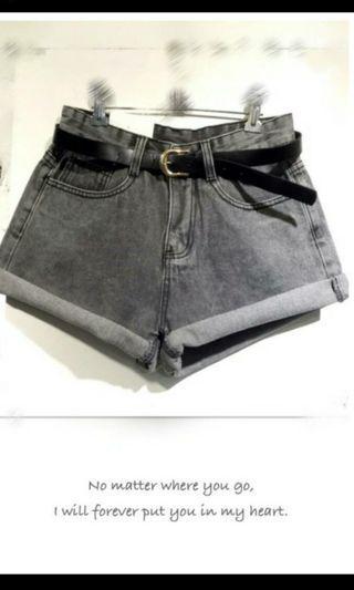 復古黑反折牛仔短褲