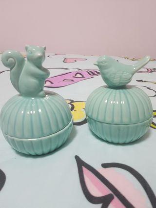 🚚 Ceramic Jewellery bowl with lid