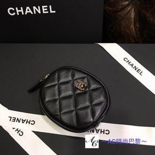 精巧設計款 Chanel 圓型拉鍊款小巧零錢包(金logo)