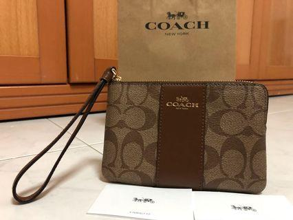 Coach wristlet (Single Zip) (Other designs on my page)