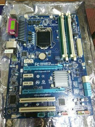 二手技嘉 GA-PH67A-D3-B3 主機板 / 附檔板 / 含記憶體 8G