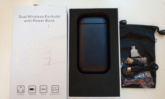 🚚 BNIB- B5 Duo Wireless Earbuds With Power Bank