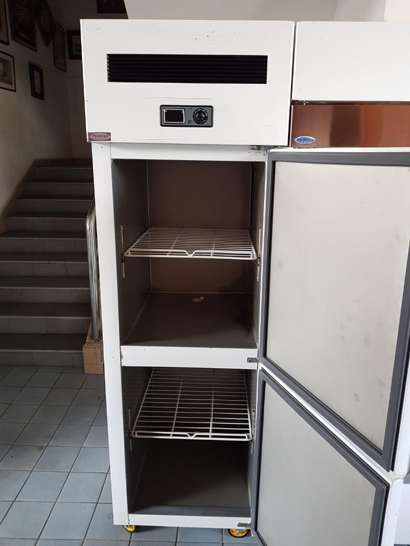 2doors upright freezer / chiller .