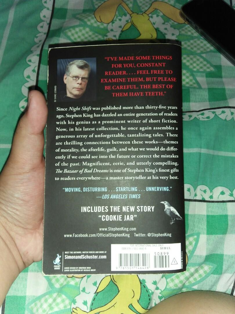 """(BOOK) Pre-loved """"Bazaar of Bad Dreams"""" by Stephen King// Actual Pictures Above// In good condition!!"""