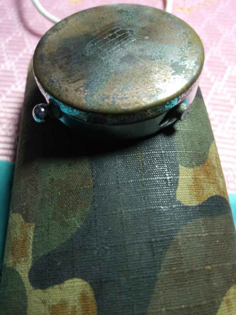 Compas lama British