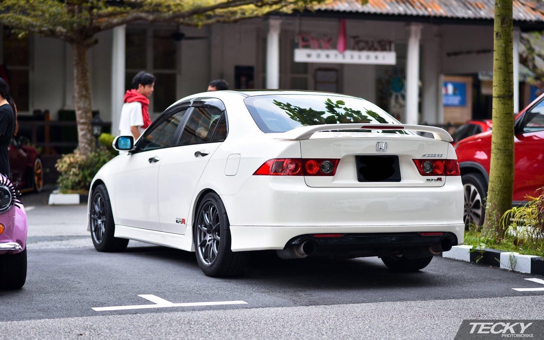 Honda Accord Euro R Manual