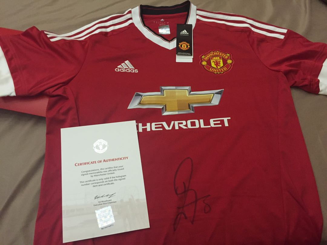 buy popular 64c36 5f1ec Juan Mata Signed 15/16 Manchester United Authentic Home Jersey