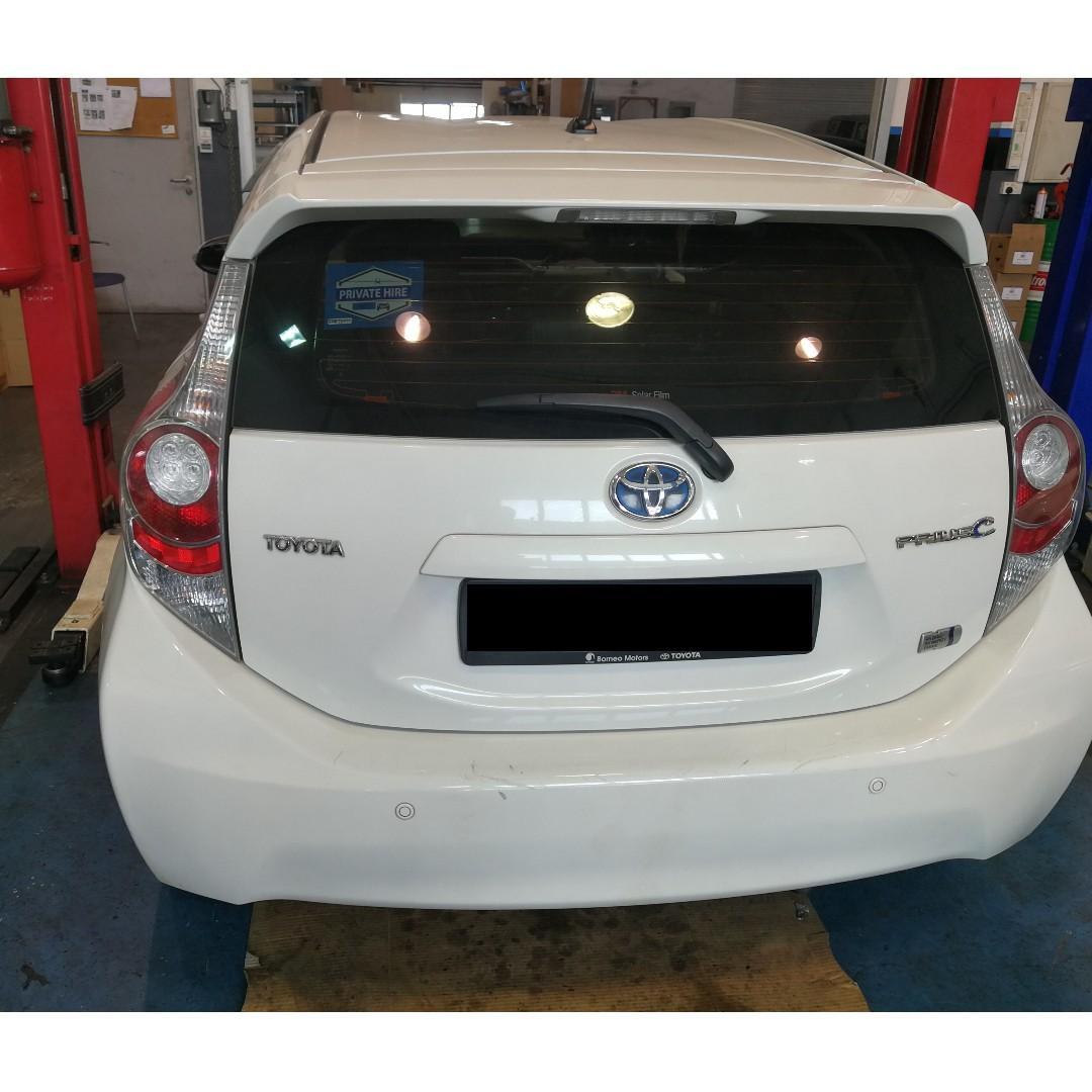 Long Term Rental Toyota PRIUS C Hybrid (Grab/GoJek Ready)