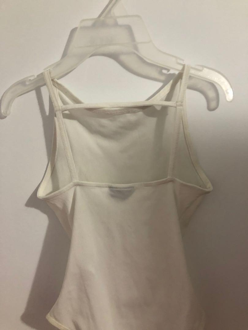Topshop ribbed size 4 US white bodysuit