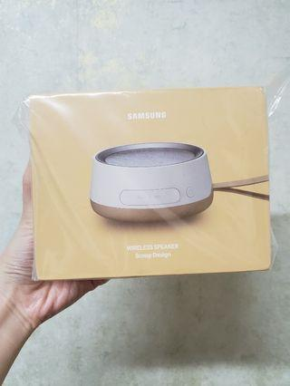 Samsung wireless Speaker mini scoop