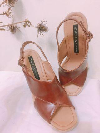 🚚 ZARA楔形涼鞋