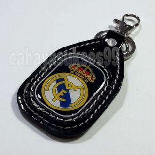 Gantungan Kunci Football Club REAL MADRID Motif Klub Bola Resin Tebal Exclusive Motif Timbul Gantungan Kunci Motor New Ready Stock