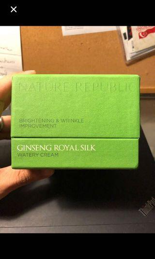 Ginseng Royal Silk Brightening & Wrinkle Improvement Watery Cream and Essence