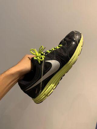🚚 Nike 跑鞋 10.5