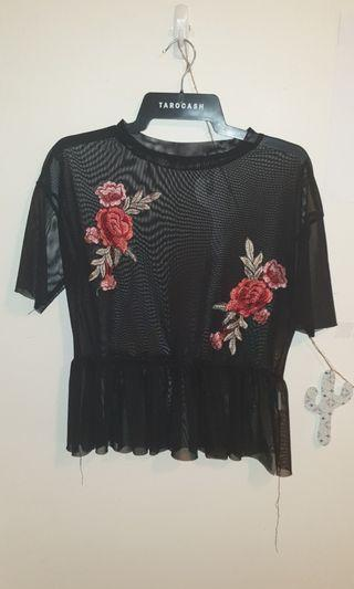 Black and Red Roses Top size 8
