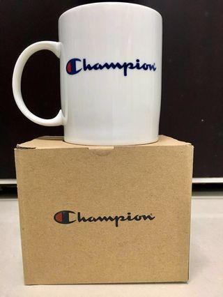 Champion 馬克杯