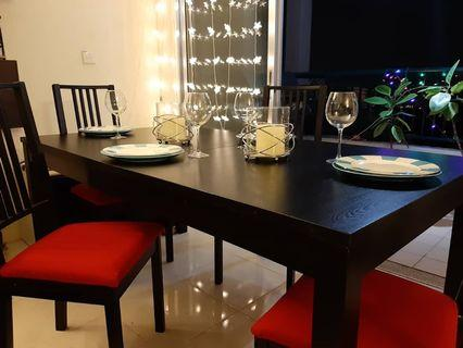 IKEA expandable dinning set. 4 red IKEA chair, 4 HanPrestige big plates, 4 wine glasses, 2 candle.