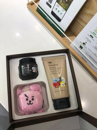 🚚 /WTS BT21 INNISFREE SET