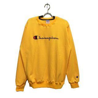 Crewneck Champion Kuning