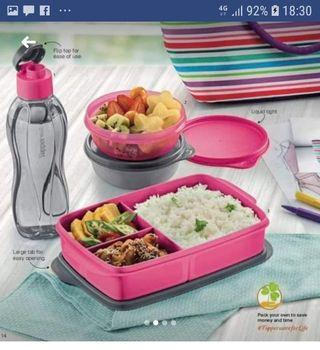 Tupperware Set