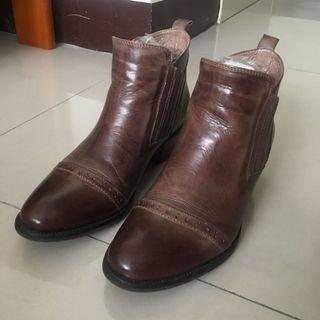 Herls 靴子