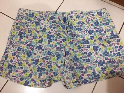 Floral Short Pants