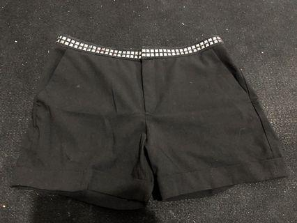 Celana Pendek Zara stud
