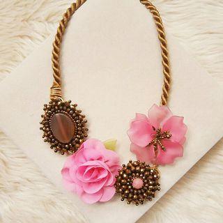 Señorita Handmade Necklace