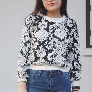 FLORAL SWEATER #Carouselland
