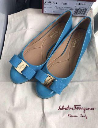 Ferragamo 平底鞋 有單