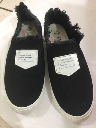 🚚 全新布鞋