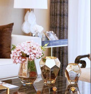 Elegant Pentagon Golden Flower Jar, 高雅菱角鏡面花瓶