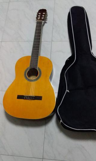 Nice Condition Used Jerubbaal Classical Guitar With Padded Guitar Bag