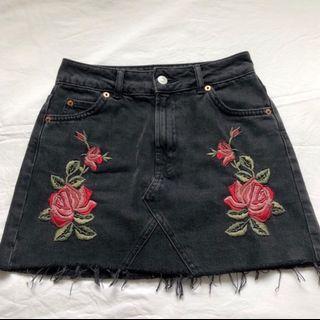 Rose Embroidered Denim Skirt