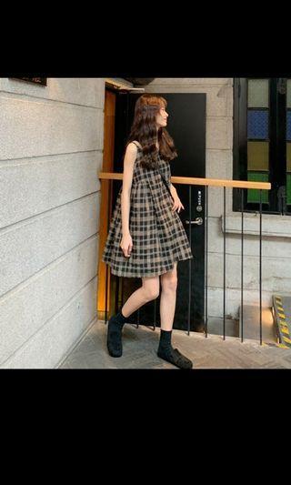 🚚 [新品搶鮮] 蓬蓬裙 無袖連衣裙 無袖背心裙 少女感娃娃蓬蓬裙 吊帶背心裙 少女裙子 閨蜜裝 學院風