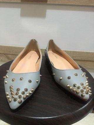 Bow bow spikes flat shoes