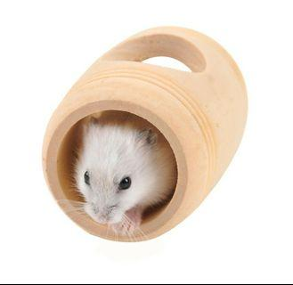 🚚 Hamster wooden tunnel hideout