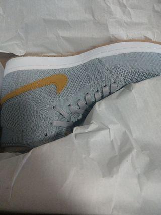 Nike Air Jordan 1 - Flyknit