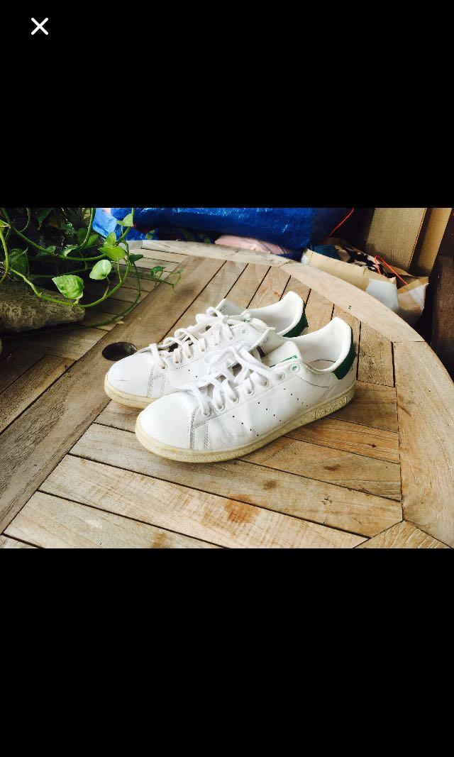 por ejemplo Mimar Bastante  Adidas Stan Smith us 10 rod laver common projects COS Cole Haan , Men's  Fashion, Footwear, Sneakers on Carousell