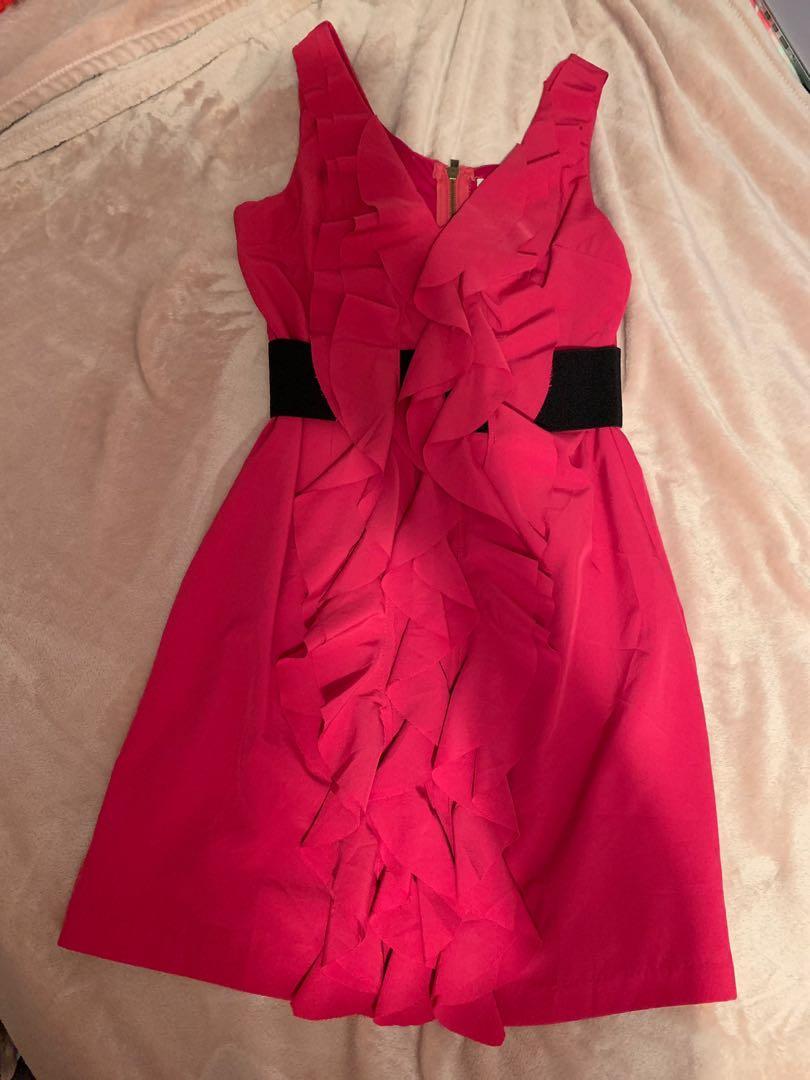 Alythea Banded Chiffon V Neck Waist Dress (Size M)