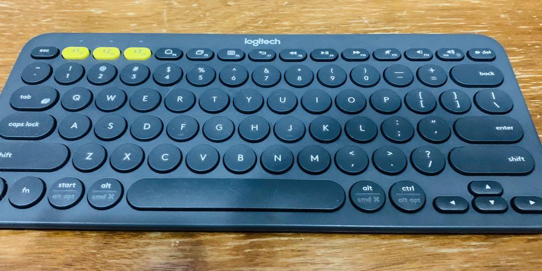 Logitech K380 Bluetooth multi device keyboard (Android, apple, PlayStation, Microsoft)