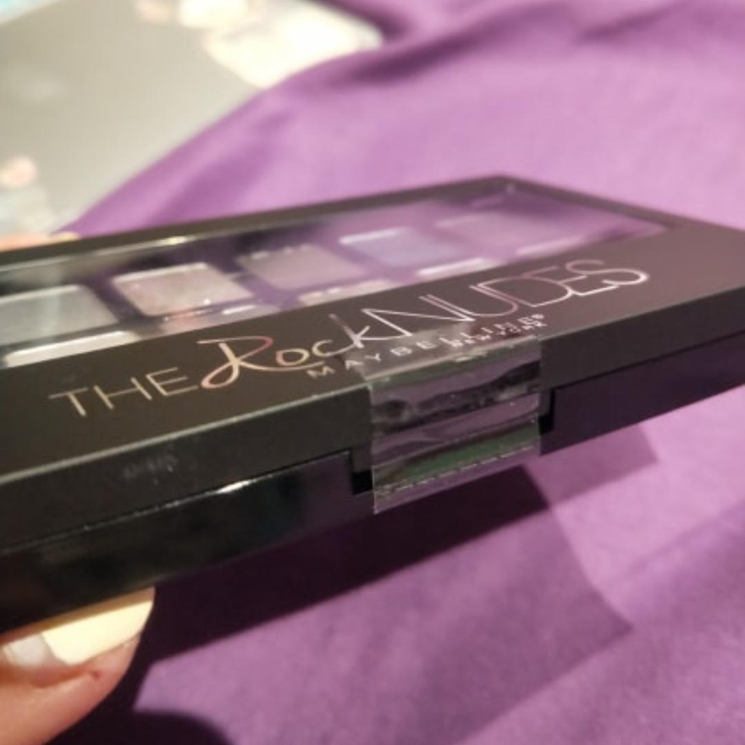 NEW Maybelline NY The Rock Nudes Eyeshadow Palette 13 Looks