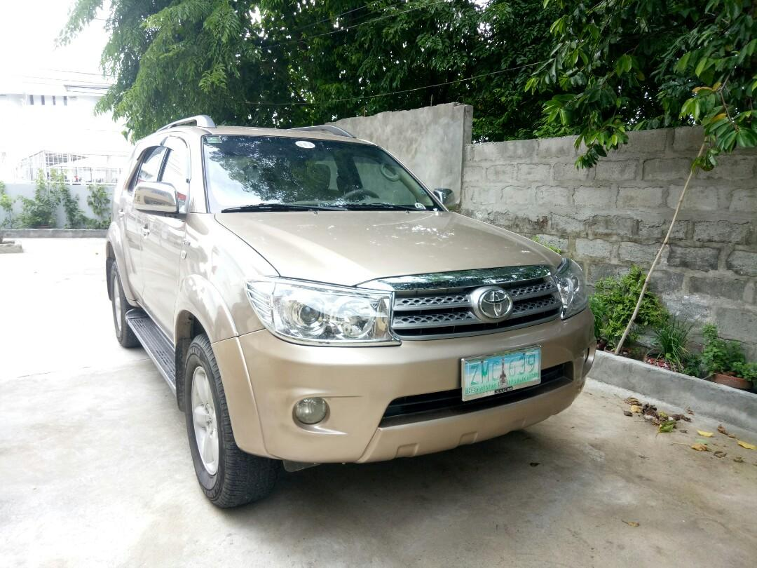 Toyota Fortuner G 2008 Diesel Automatic 2010 look upgraded lady