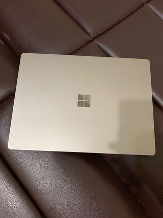Microsoft surface laptop 256gb