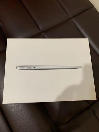 MacBook Air 13 2017 256gb