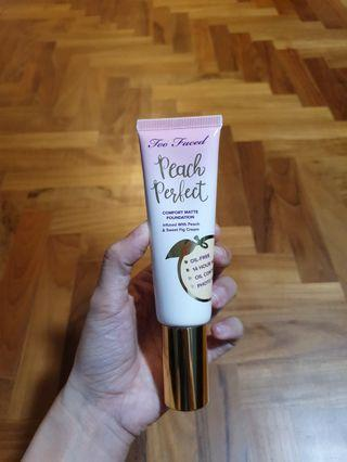 FULL SIZED Too Faced Peach Perfect Comfort Matte Foundation