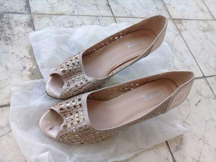 Sepatu higheels clarette
