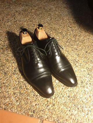 Elegant Balmain Black Oxford Men's Shoes with Trees