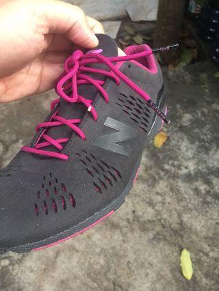 #maugopay Sepatu new balance black